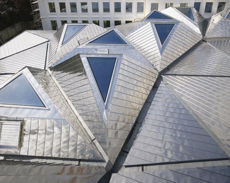 Mediathek bei Lille von TANK Architectes / Heißes Blechdach - Architektur und Architekten - News / Meldungen / Nachrichten - BauNetz.de