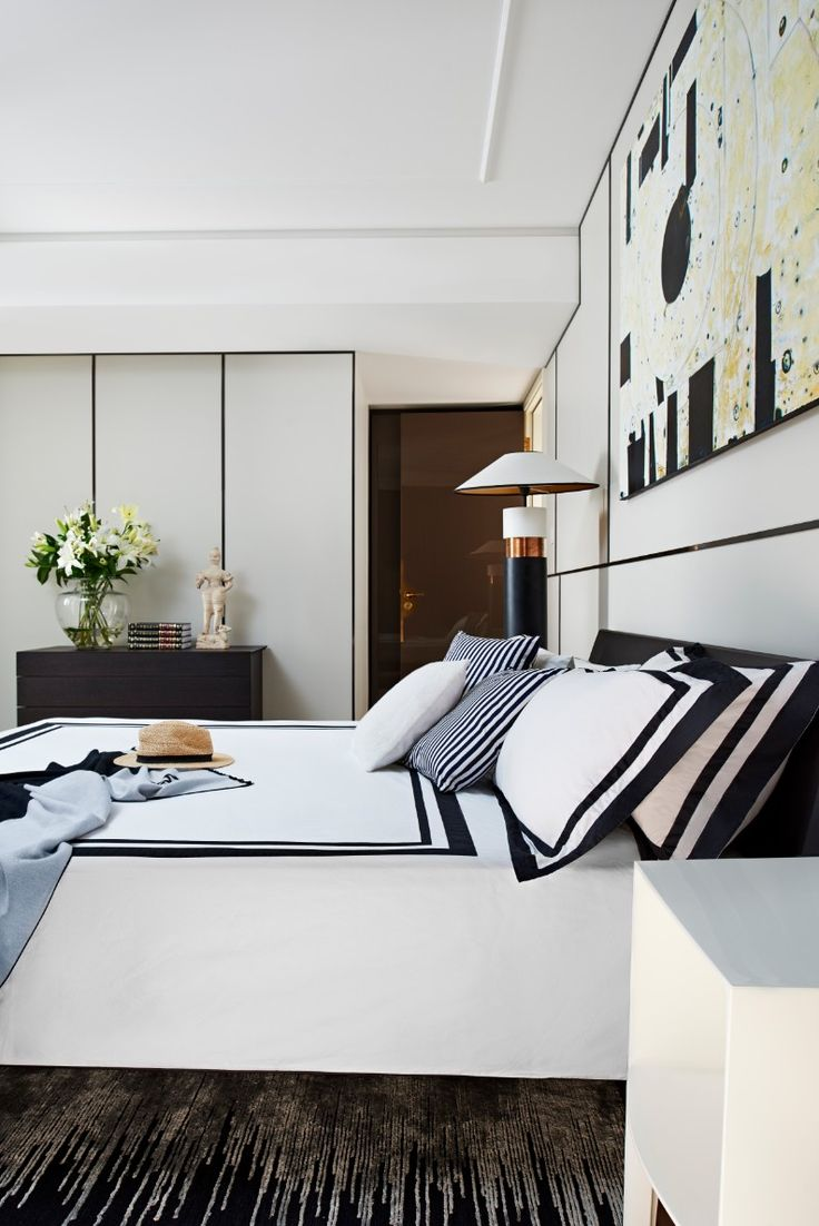 A Luxurious Home Decor Project You Must Know: Caroline Chen Apartment | Modern Interior Design, Contemporary Interior Design, Home Décor  #designfurniture #homedesigninspiration #topdesigners   Know more here: https://brabbu.com/blog/2017/07/luxurious-home-decor-project-know-caroline-chen-apartment/