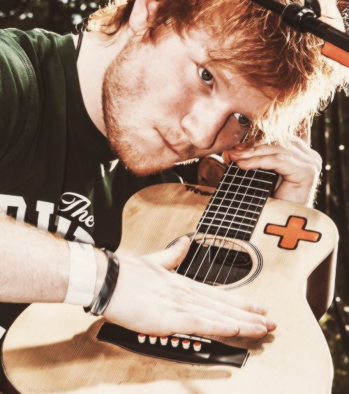 Someday, I wanna find a guy best mate who's just like Ed. Who knows....?? Maybe someday my best guy bud will be Ed(: