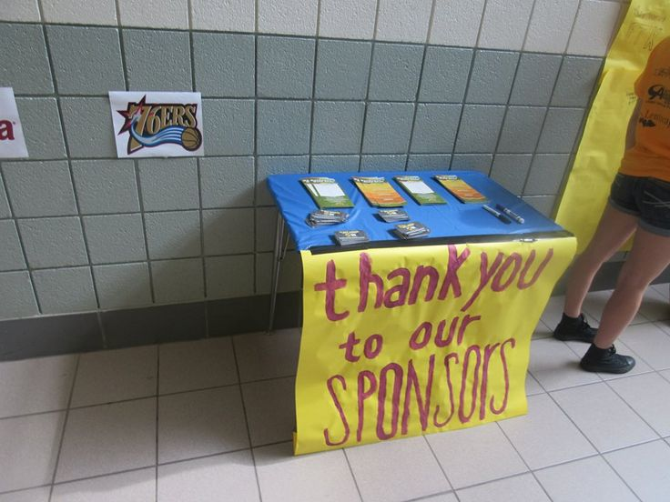 It's so important to thank sponsors for their incredible support of Mini-THON events! Pennridge High School offers their sponsors a table to set-up their literature and showcase their involvement!
