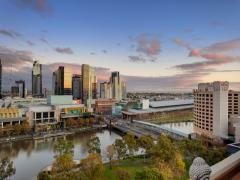 Sunset views of Southbank. 1407/555 Flinders Street, Melbourne