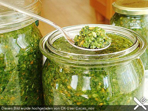 Suppengrün, ein sehr leckeres Rezept aus der Kategorie Grundrezepte. Bewertungen: 48. Durchschnitt: Ø 4,3.
