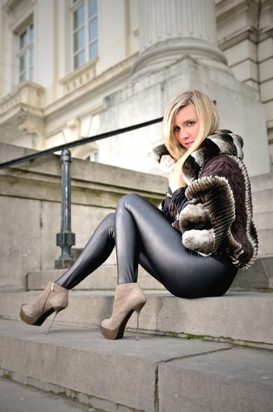 3 months ago xHamster clothed, leather, babe, wife Heels 20 cm and leather leggings, walk in the park 1 month ago xHamster leather, skinny, feet, heels.