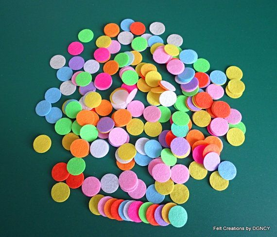 Die cut felt circles 250 pcsBright color by FeltCreationsbyDGNCY