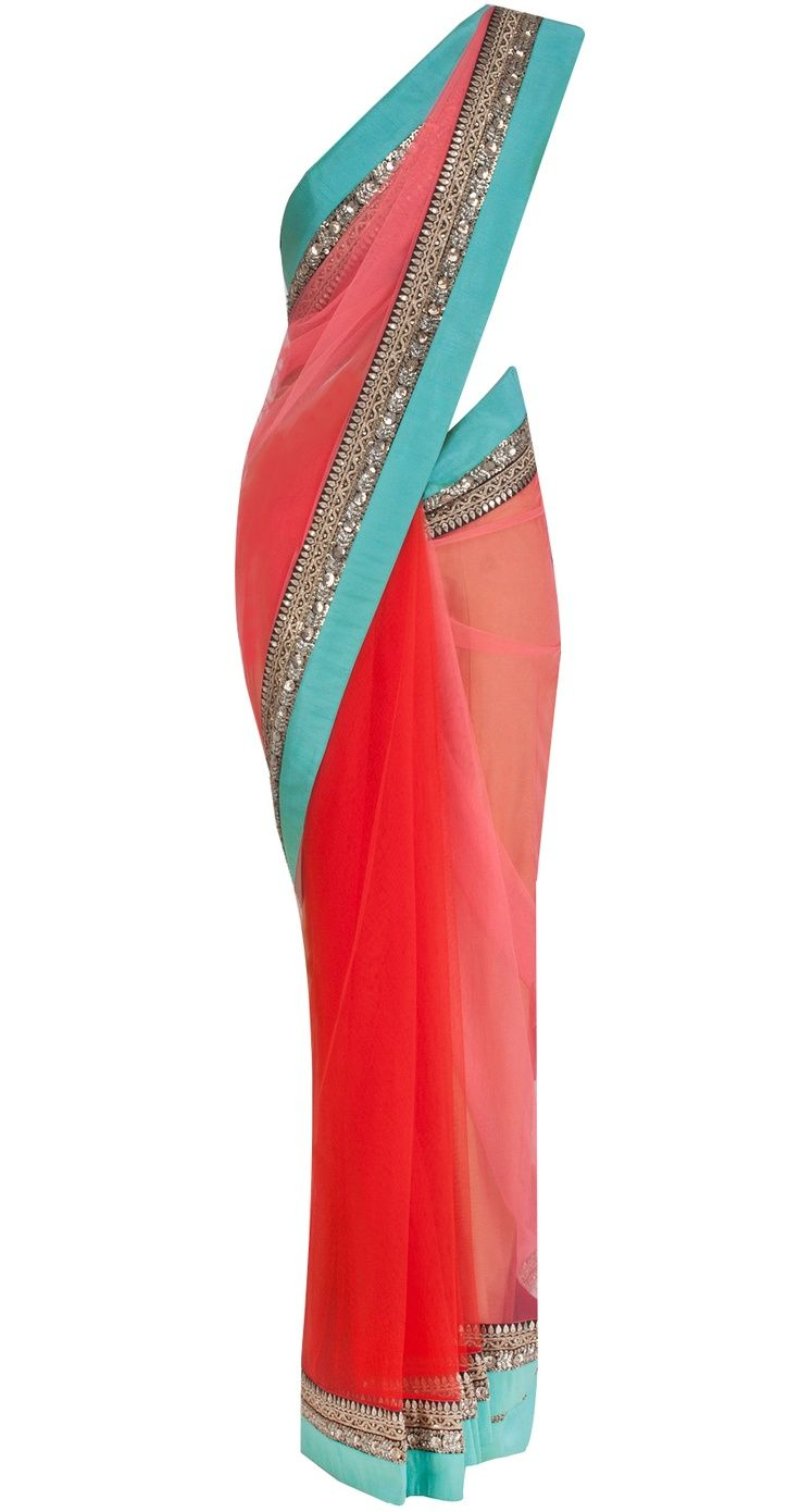 beautiful sari..!!makes me think so so much of you gweny....all your colours too!!