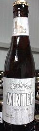 Ter Dolen Winter is de creatie van onze jongste brouwer Hendrick.  Hij verkoos als winterbier een donker bier met een dieprode schijn te brouwen waarin hij naast 3 soorten mout en 2 soorten hop honing uit eigen regio en kaneel toevoegde.
