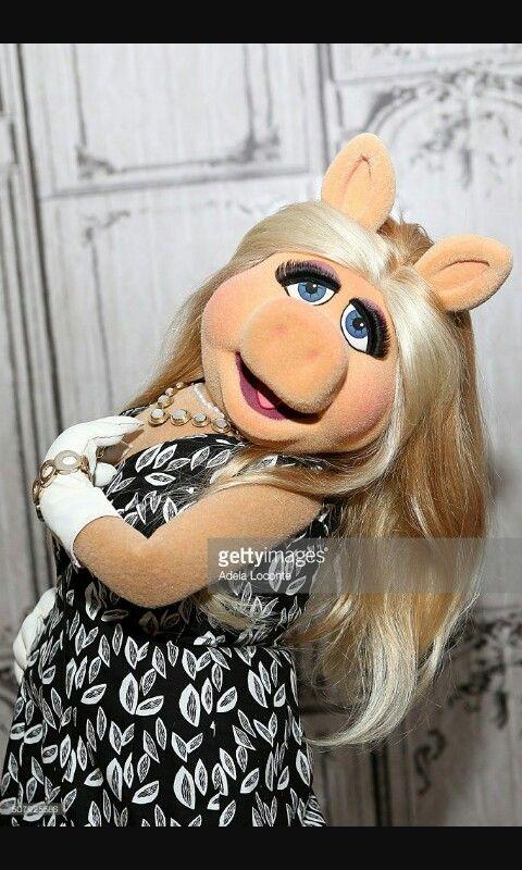 20 besten miss piggy bilder auf pinterest miss piggy die muppets und diven. Black Bedroom Furniture Sets. Home Design Ideas