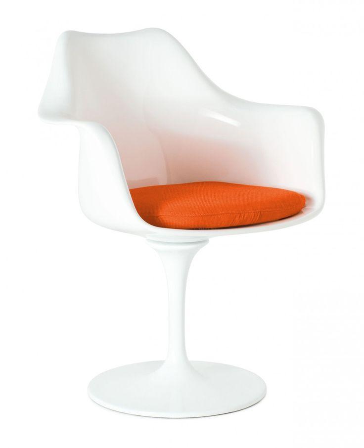 Кресло Tulip (Тюльпан) было разработано Ээро Сааринен (Eero Saarinen) в 1956 году для компании Knoll в Нью-Йорке. Оно было разработано в первую очередь как приставное кресло к обеденному столу. Но варианты его использования быстро расширились. В конце 1960-х годов кресло Tulip было использовано и на телешоу Star Trek в Америке и не осталось незамеченным. Это кресло по праву считается классикой промышленного дизайна. Характерной чертой кресла Tulip (как без подлокотников так и с…