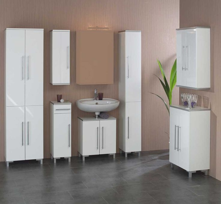 Cele mai bune 20+ de idei despre Badezimmer 5 teilig pe Pinterest - badezimmermöbel weiß landhaus