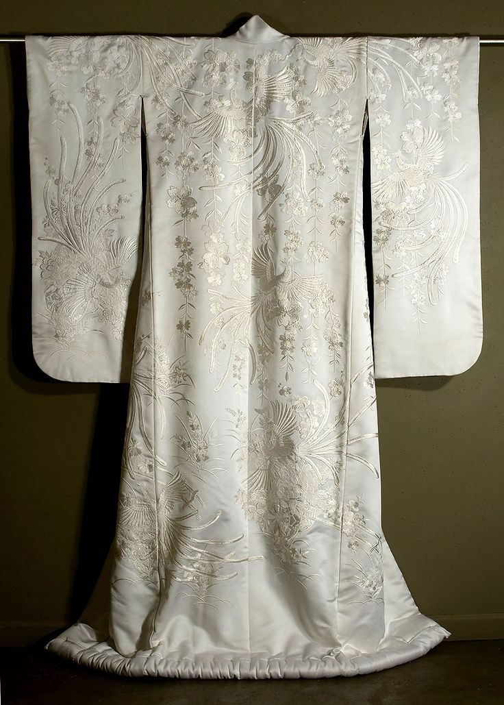 Japanese Embroidered Shiromuku MARLA MALLETT