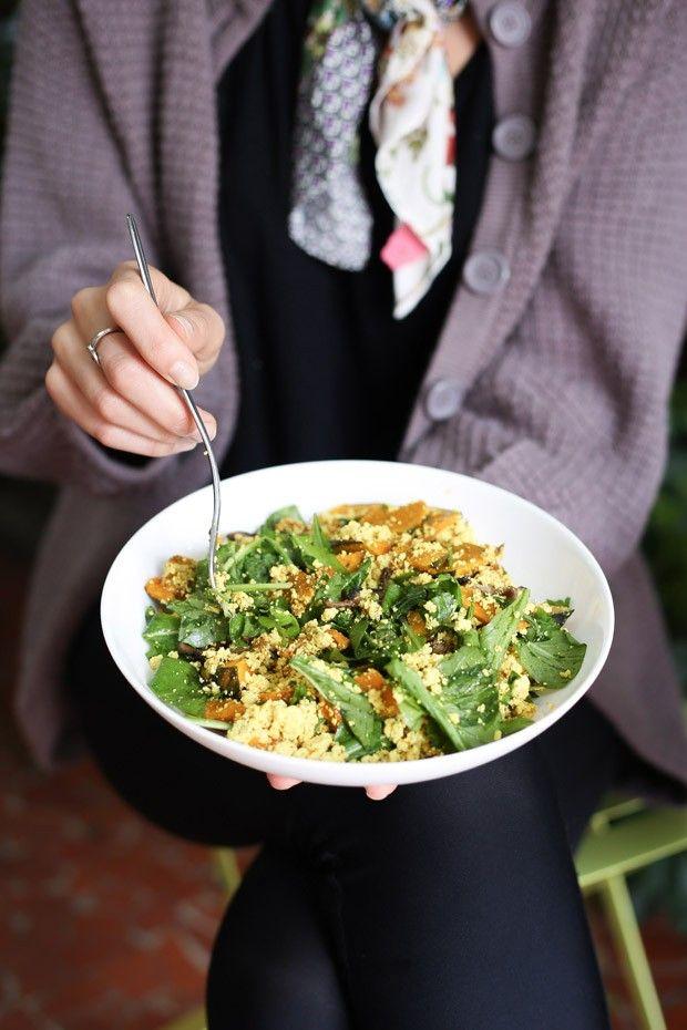 Scrumble de tofu, shitake e abóbora é alternativa ao ovo mexido (Foto: Simplesmente)
