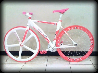Hello Kitty Fixie