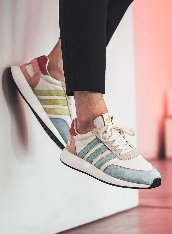 Pin by Tessa Stoll on Schuhe in 2020 (With images)   Adidas ...
