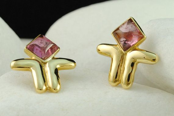 Cycladic Figurine Earrings with  Pink Tourmaline in Solid 18K Gold