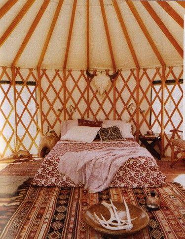Yurt Bedroom-Awesome