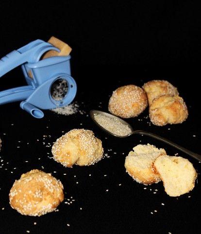 Egy finom Sajtos-sós pöffeteg ebédre vagy vacsorára? Sajtos-sós pöffeteg Receptek a Mindmegette.hu Recept gyűjteményében!