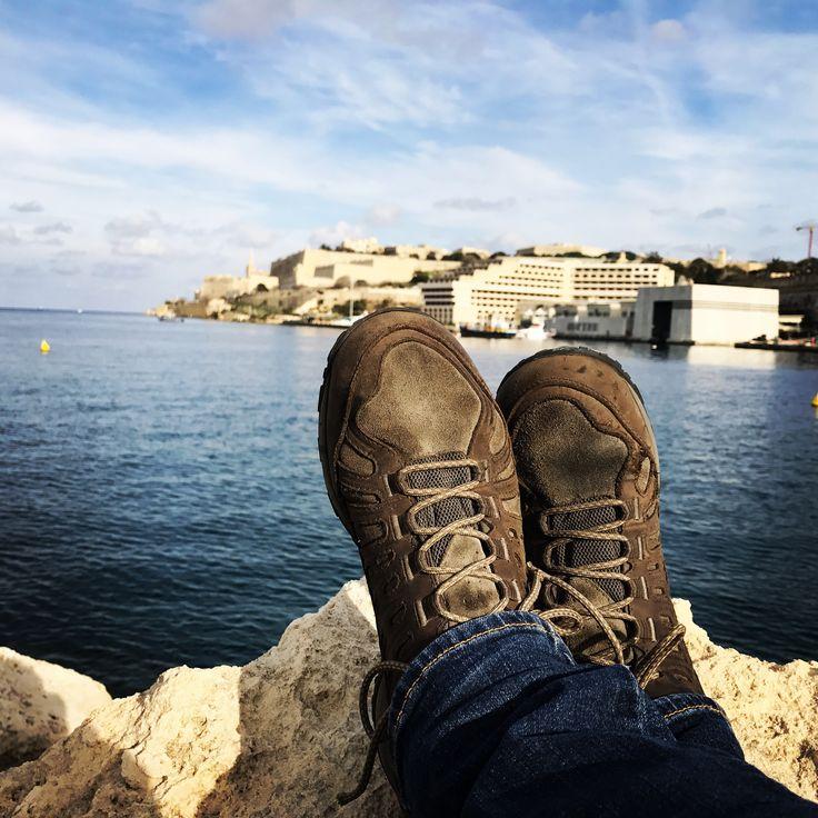 Due anni di maltrattamenti e uso quotidiano, qualche volo in moto, acqua a non finire:Columbia Peakfreak ancora con me anche a Malta <3 http://www.campingeoutdoor.it/scarpe-da-uomo-columbia-peakfreak-mid-enduro-in-pelle-outdry-hiking-senza-limiti/ #columbiasportswear #lavallette #lavalletta #malta #resistenza