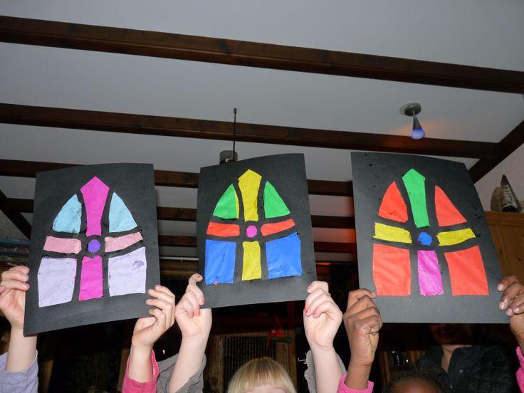Sinterklaas mijter , karton met vloeipapier #Sint #knutsel #CreaTan #Kids