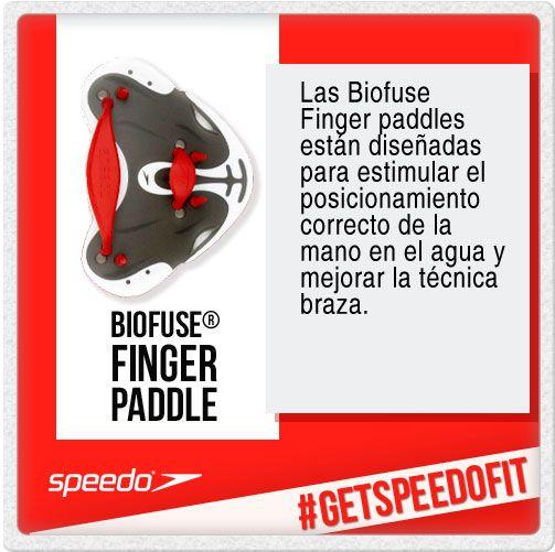 Las paletas BioFuse Finger Paddles de Speedo, están diseñadas para fomentar el correcto posicionamiento de la mano en el agua, mejorando así la técnica en la braza.