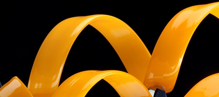 Astro Soffitto dia.60cm 12 Riccioli Arancio montatura Oro  Lampada da Soffitto (plafone) con montatura in metallo color Oro e 12 Riccioli decorativi di Cristallo di color Arancio. La lampada e disponibile nei seguenti colori: Cristallo Trasparente, Bianco, Nero, Ciliegia, Lilla,Ambra, Bianco Satinato, Blu, Giallo, Magenta, Arancio, Oro, Rame e Argento. Su ordinazione e possibile avere la versione multicolor: contattare Genoalamp via mail o telefono per costi e disponibilta.