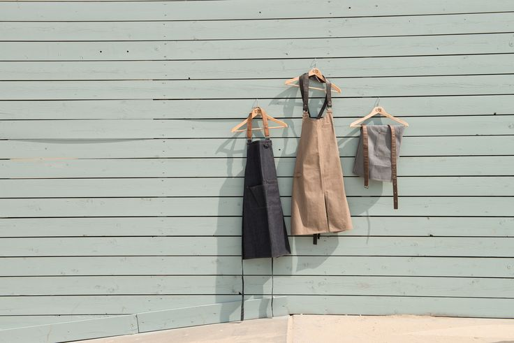 Three pastel colors to match with every outfit!  #chauddevant #chefwear #servicewear #chef #chefs #apron #aprons #bibapron #bibaprons #chefstyle #cheffashion #cheflife #new #gastronomy #collection #forene #beach #sunny