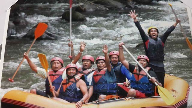 Rafting with sanur riders