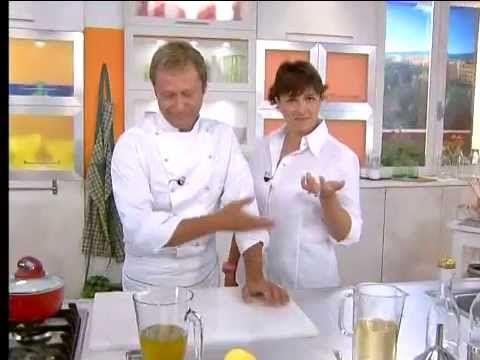 Come preparare olio e aceto aromatizzati - Alice TV - YouTube
