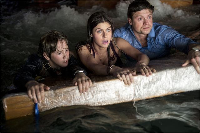 San Andreas : Photo Alexandra Daddario, Art Parkinson, & Hugo Johnstone-Burt.