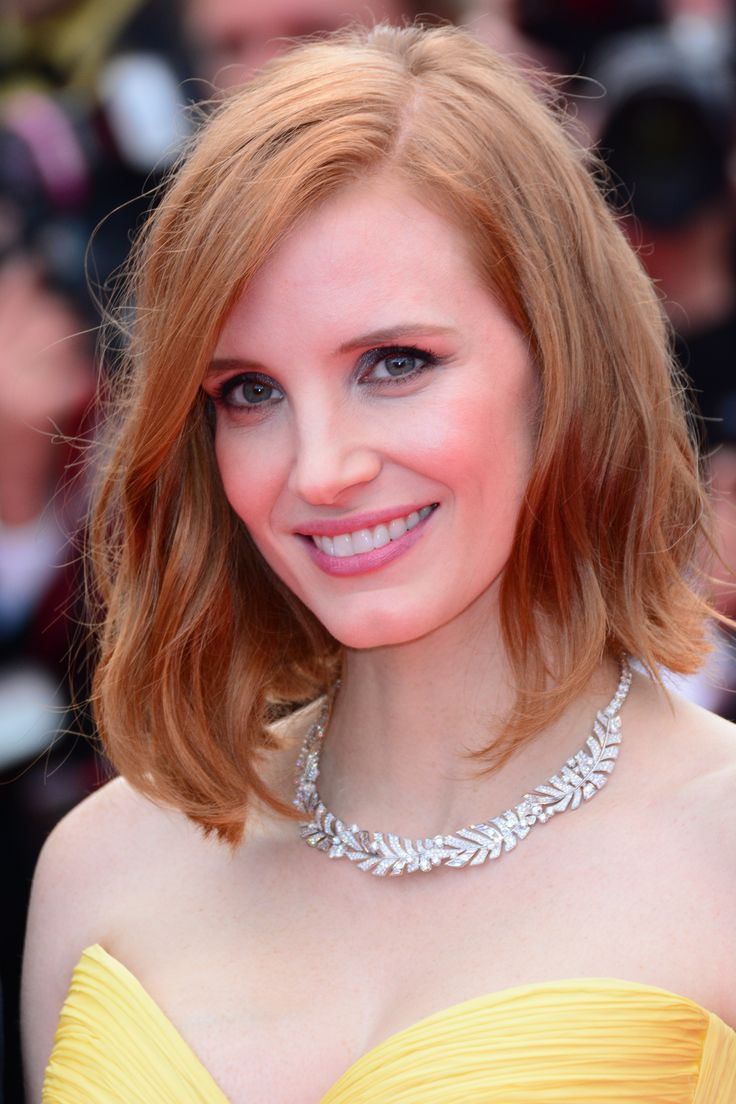 20 Best Celebrity Beauty Looks at Cannes | Jessica Chastain | Wavy bob hairstyle