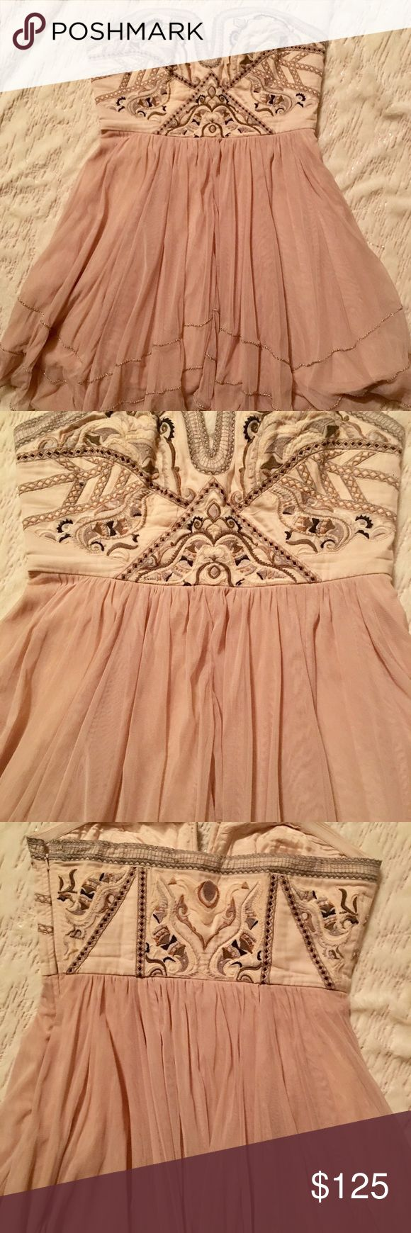 Free People Festival Bodice Dress in nude Free People Festival Bodice Mini Dress size 8 Free People Dresses Strapless