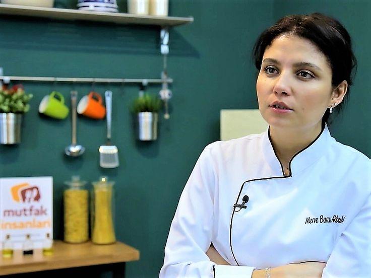 Aşçı Olmak İçin Gerekli Eğitim Nedir? Şef Merve Burcu Akbulut | Mutfak İnsanları