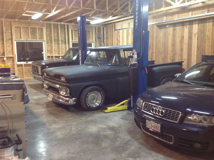 1987 GMC Sierra Classic 1960 GMC C1000 2005 Audi S4  Enjoying their new home out of the west coast rain