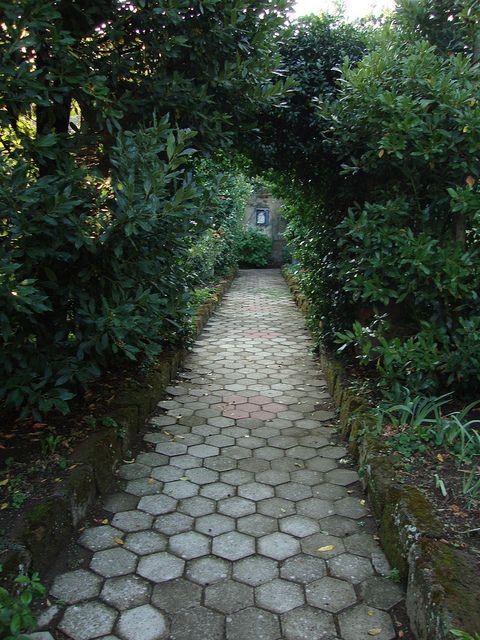 San Lodovico Garden Path
