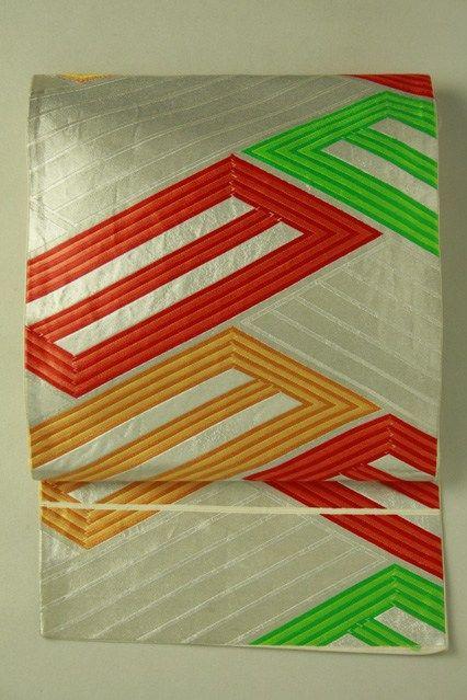Silver fukuro obi / 銀地 多色の幾何学的桧垣文様 六通袋帯   #Kimono #Japan  http://www.rakuten.co.jp/aiyama/