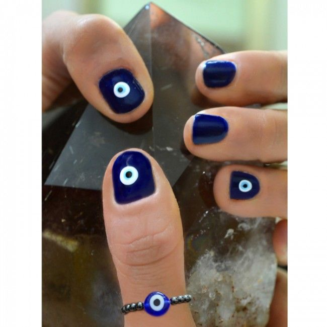 Made with Hematite and an Evil Eye charm, the Evil Eye Talisman Ring was designed for good karma, fate protection, to counteract chaos and for protection from negativity. #evileye #ring #hematite #healing #protection