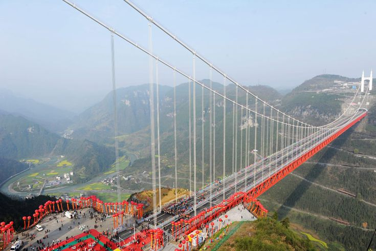 Strong and fragile at the same time: the new Aizhai bridge in China is the highest and the longest in the world...