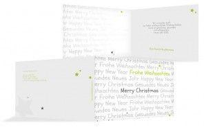 """In den USA und in Kanada wird Christmas, also Weihnachten, meistens mit """"X-mas"""" abgekürzt. Das X steht für den griechischen Anfangsbuchstaben des Wortes Christus. In Nordamerika werden alle Geschenke von Santa Claus gebracht, der nach amerikanischem Brauch nachts vom 24. auf den 25. Dezember durch die Schornsteine in die Häuser der Menschen klettert und dort seine Geschenke unter den üppig geschmückten Weihnachtsbaum legt. Kleinere Geschenke packt er in die vorher am Kamin aufgehängten…"""