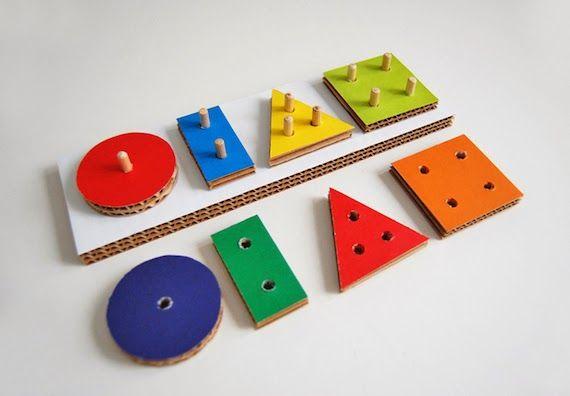 juguetes caseros de cartón