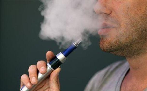 Κύμα δηλητηριάσεων από αμπούλες για ηλεκτρονικά τσιγάρα