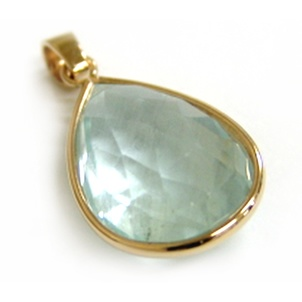 9ct yellow gold and aquamarine pendant made at Cameron Jewellery