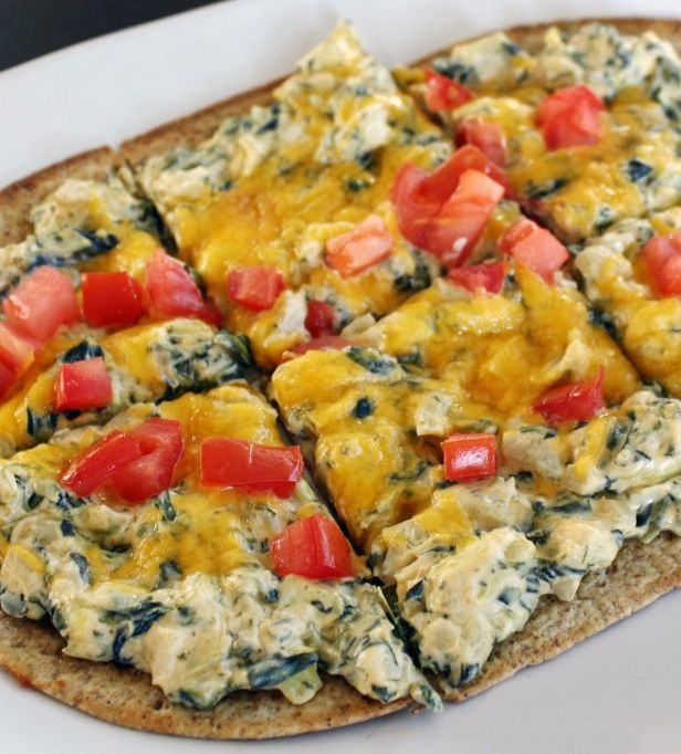 We Love this Skinny Florentine Flatbread!! Repin for a fabulous recipe!!!