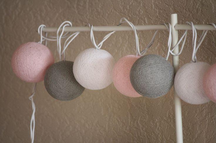 Lichterketten - 20er BATTERIE Cottonball-Lichterkette Mädchentraum - ein Designerstück von Stoeberland bei DaWanda