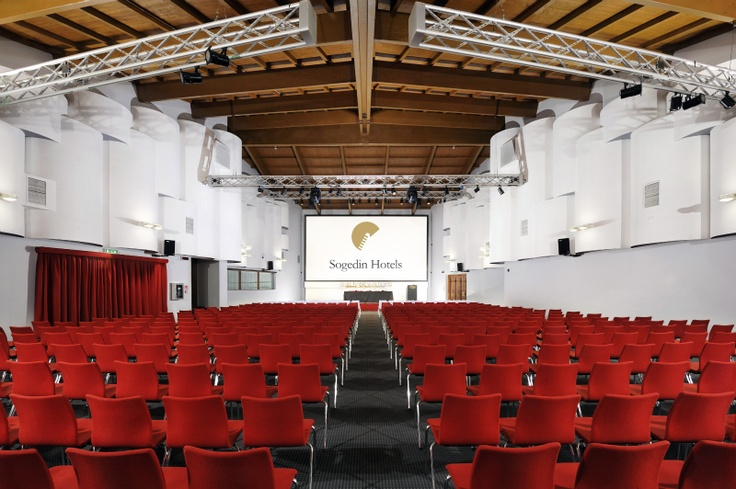 Rossini Congress Room (up to 600 people) - Relais Villa Fiorita - Monastier di Treviso, italy - www.villafiorita.it