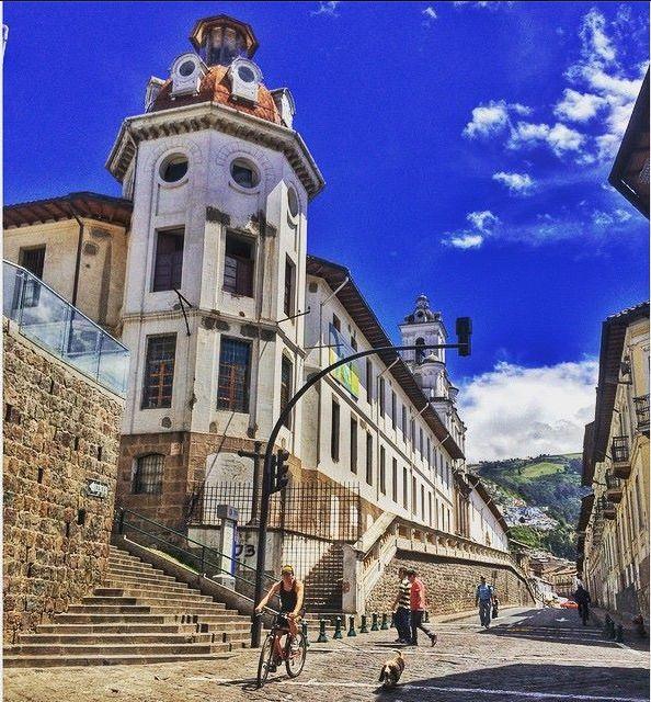 Antiguo Hospital Psiquiátrico San Lazaro.  Toma perfecta.  Foto de Fabiorama