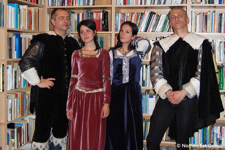 Relaţiile dintre Nomen Est Omen şi bibliotecă sunt, pe cât de reale, pe atât de active.
