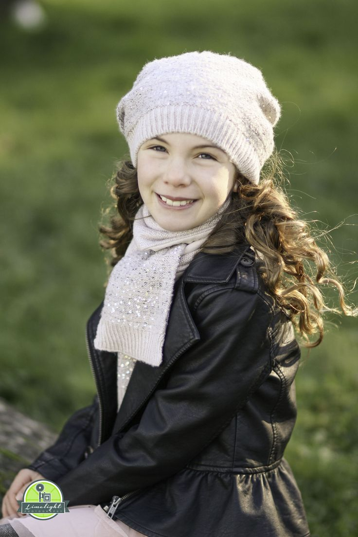 tween girl pose, beautiful winter lighting