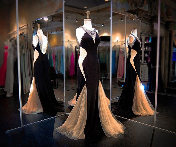 Gorgeous Prom Dresses,Backless Prom Dresses,Appliques Prom Dresses,Beading Prom Dresses,Floor-Length Evening Dresses