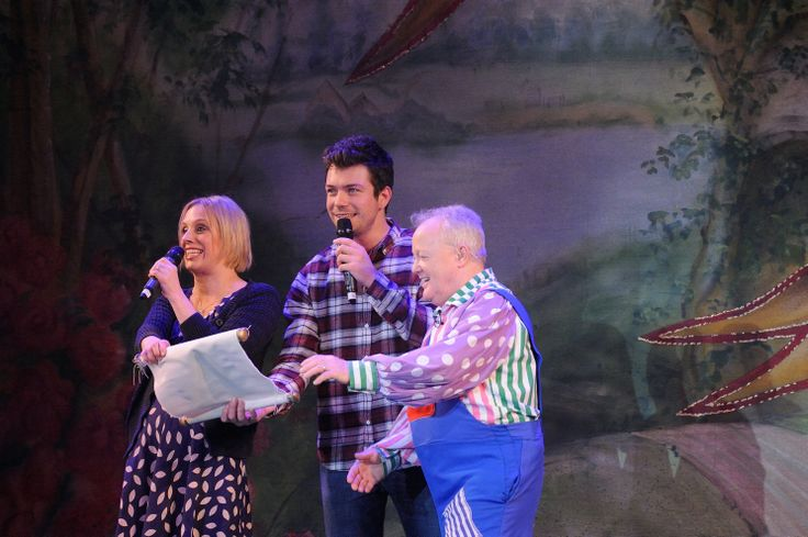 At the 7pm performance on Friday 13 December, Heart Wiltshire's breakfast presenters Kirsten O'Brien and Ben Atkinson joined Keith Chegwin on stage for the song sheet. Cheggers, who plays Silly Billy in Jack and the Beanstalk, invited the radio hosts to sing-a-long with him to Old MacDonald. #panto #pantomime #Swindon #theatre #Wiltshire #HeartFM