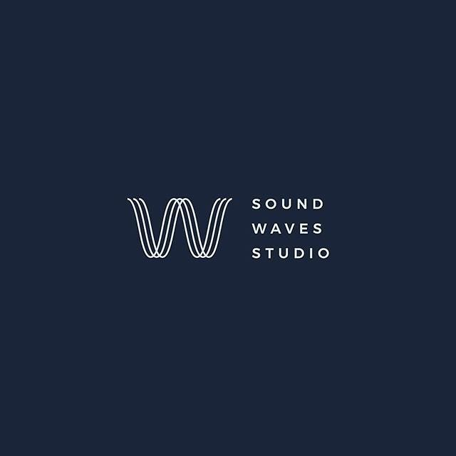 Sound Waves Studio by Rich Hinds @rich.hinds  -  LEARN LOGO DESIGN   @learnlogodesign @learnlogodesign  -  Want to be featured next? Follow us and tag #logoinspirations in your post