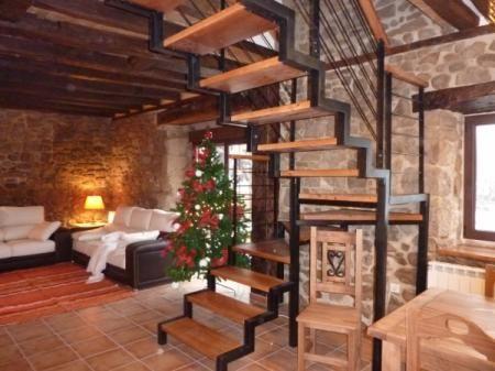 Las 25 mejores ideas sobre escaleras de hierro forjado en - Modelos de escaleras de caracol para interiores ...